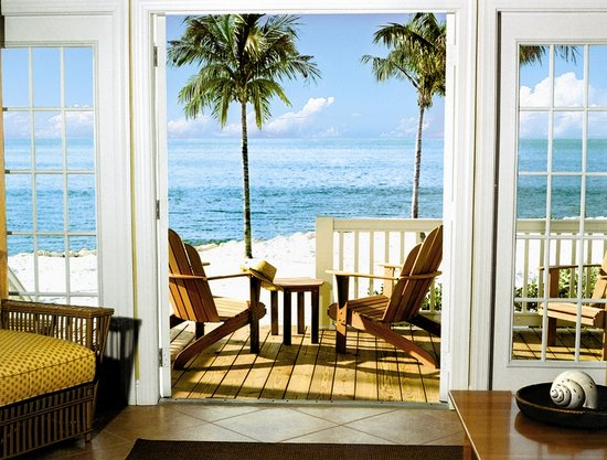 Tranquility Bay Beach House Resort : Tranquility Bay Resort Waterfront Balcony