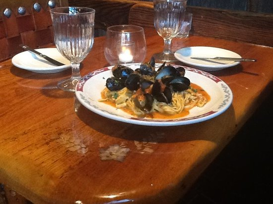 Piatto614: Linguini with Mussels
