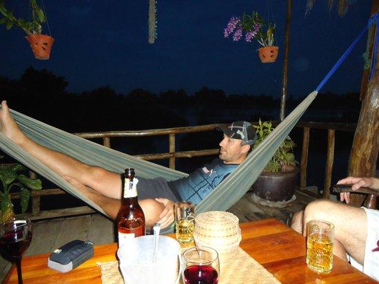 Crazygecko. Ch:                   Nach dem Essen ein Bier in Ehren