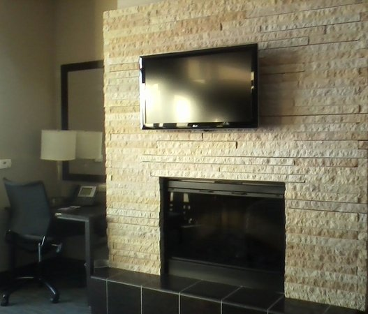 Grand Falls Casino and Golf Resort:                   FIREPLACE IN BEDROOM