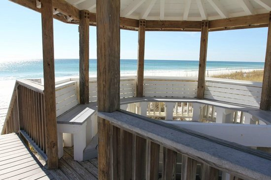 Southbay by the Gulf: Gulf-front Gazebo