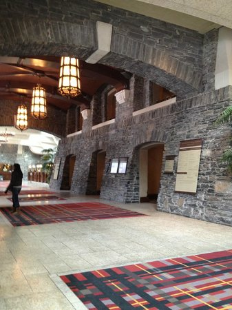 Fairmont Banff Springs:                   lobby
