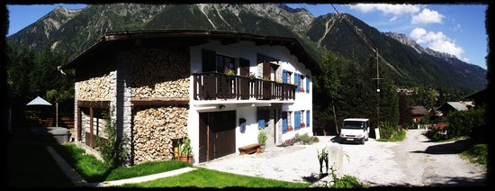 Chamonix Lodge: Chalet Christol in Summer
