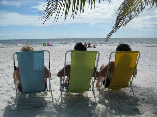 The Neptune Resort: Beach Chairs for Sunsets