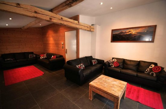 Chamonix Lodge: Living room with Log Burner