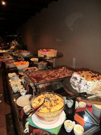 Deer Park Hotel :                                     dessert squisiti