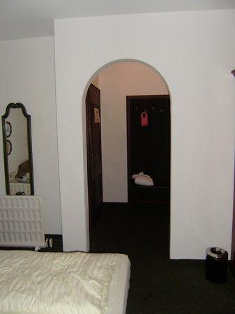 Sporthotel Austria:                   Room 116