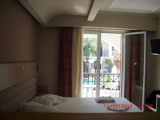 Zante Plaza Hotel & Apartments:                   view from room