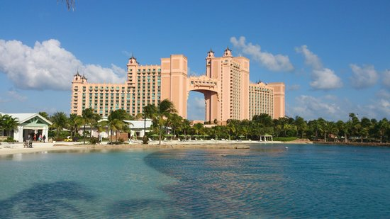 Atlantis, Coral Towers, Autograph Collection :                   Royal Towers from Dolphin Cay