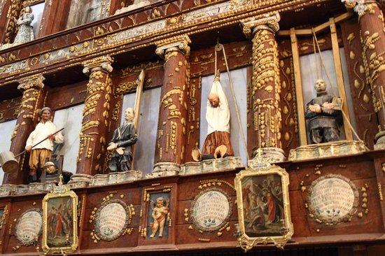 Santuario Beata Vergine Maria delle Grazie:                   statue ex voto