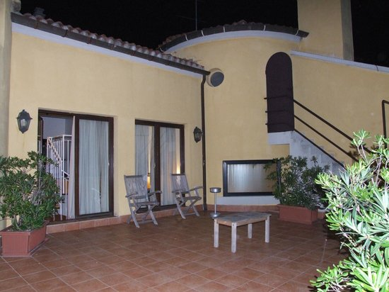 Best Western Premier Hotel Sant'Elena:                   outside private patio