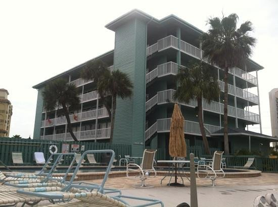 Clearwater Beach Hotel:                   also theres a pool