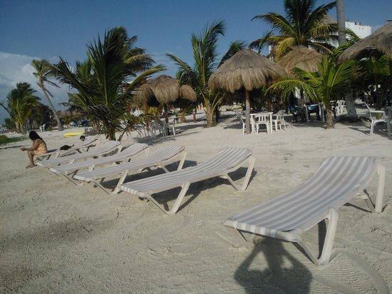 Koox Matan Ka'an Hotel:                   Desayuno con vista al mar!!!!