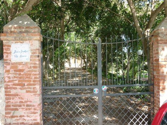 Villa Messina B&B :                   La tranquillità è assoluta.