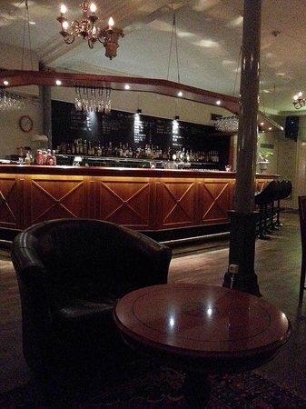 Stadshotellet : Bar