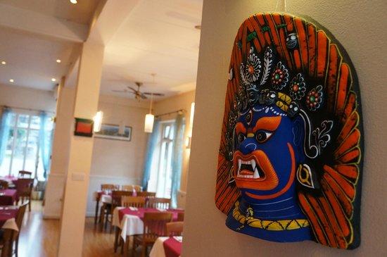 Gurkha Oriental Palace: mask