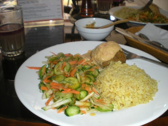 Bhakti Vegetariano-Vegan Resturant:                   another  almuerzos