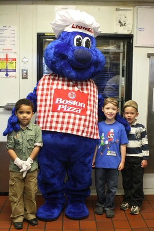 Boston Pizza: Kids Tour