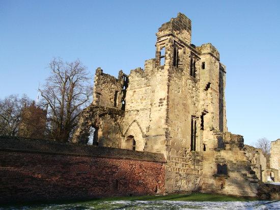 Ashby de la Zouch Castle:                   Ashby de la Castle ruins.