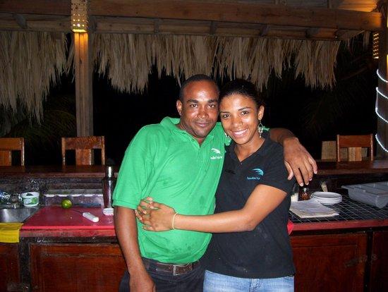 Paradise Beach Hotel:                   Bar tender Vanesa