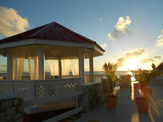 Sonesta Maho Beach Resort & Casino:                   Can have a romantic dinner for two as you watch sunset!