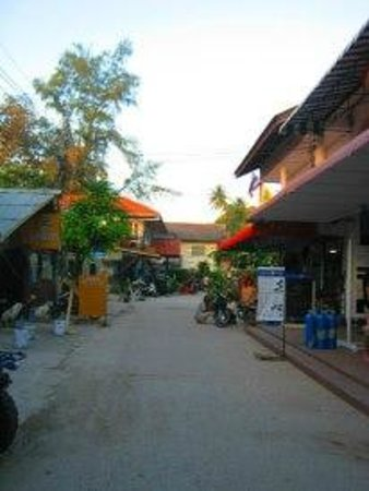 Save Bungalows:                   Save general store