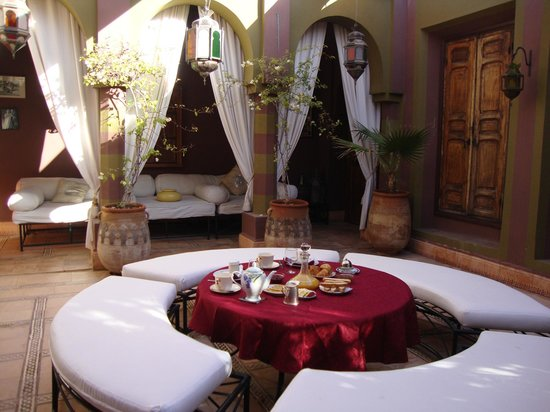 Dar Ayniwen Villa Hotel:                   Terrace attached to suite