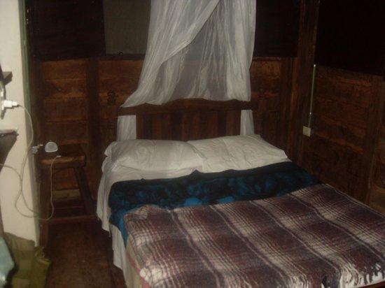 Hostel & Cabanas Ida y Vuelta Camping:                   Inside our cabana
