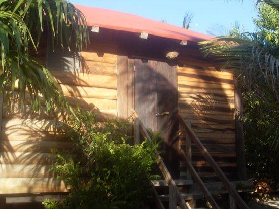 Hostel & Cabanas Ida y Vuelta Camping:                   Our cabana