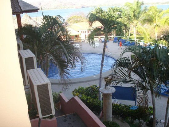 Flamingo Marina Resort:                   pool