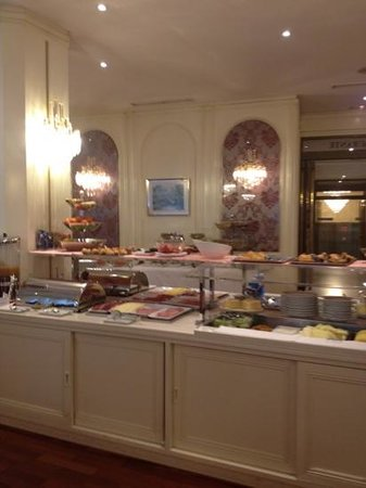 Hotel Liabeny:                   el comedor