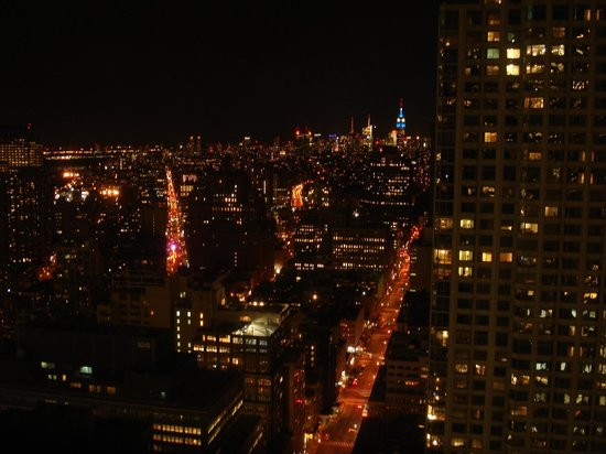 Millennium Hilton New York Downtown:                   Night time view uptown from 4712