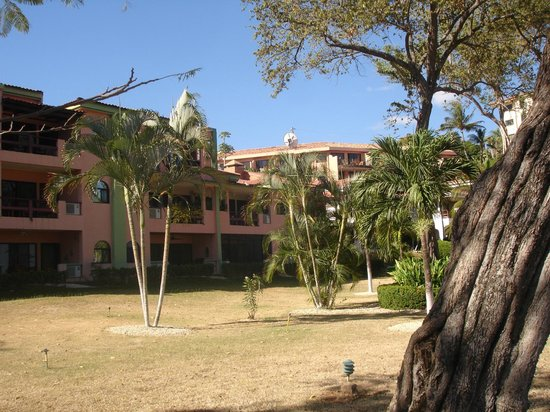 Flamingo Marina Resort:                   front of hotel