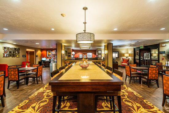 Hampton Inn St. George: Perfect Mix Lobby