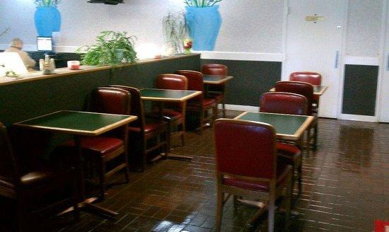 Economy Inn & Suites - Gold Rock: Breakfast Area