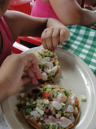 El Potrero de Chavez:                   Tostadas de Ceviche