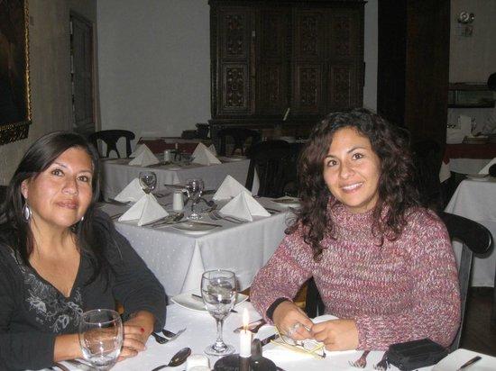 Sonesta Posadas del Inca Yucay:                   En uno de los Comedores con mi mami, cena riquisima