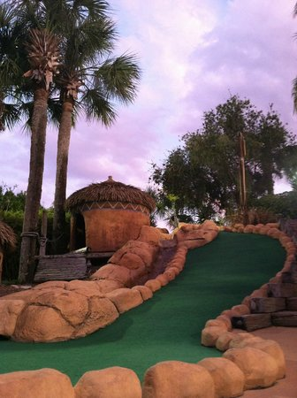 Lost Caverns Adventure Golf: Lost Caverns Gold Course!