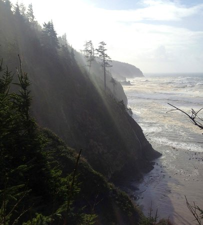 Tillamook, Oregón:                   North Trail Cape Lookout