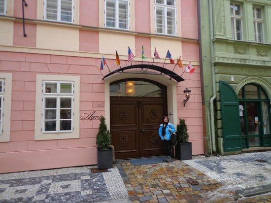 Hotel Residence Agnes:                   Entrada del hotel