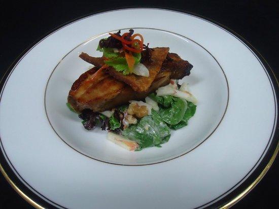 "Rapala Restaurant: Maple glazed pork ""Waldorf"""