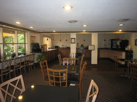 Best Western Palm Beach Lakes Inn:                   Comedor