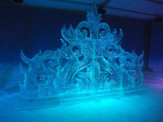 Rideau Canal:                   Beautiful Ice Sculptures