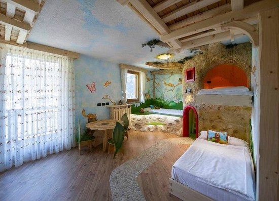 Vigo di Fassa, Italia: Family guest room