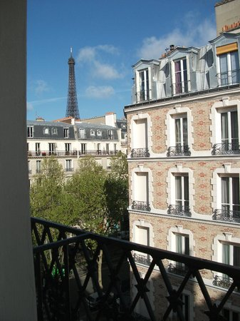 Hotel Relais Bosquet Paris:                   View from room