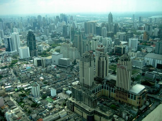 Baiyoke Sky Hotel: View from the top deck!