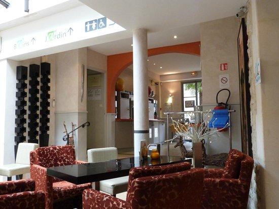 Hotel Spa Le Calendal:                   Lobby