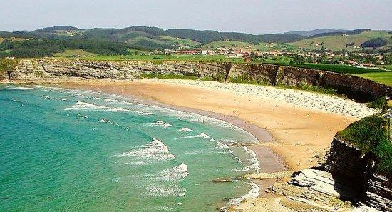 Playa Lhangri-La (Langre-Cantabria)