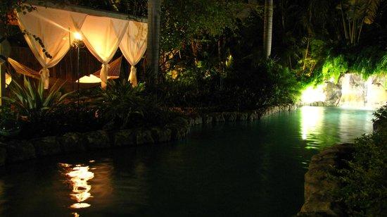 Ed Lugo Resort:                   Cours extérieure villa 2406