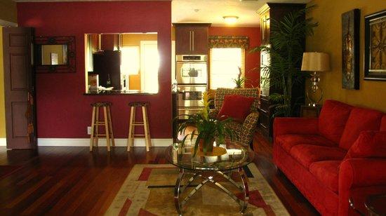 Ed Lugo Resort :                   Salle familiale villa 2425